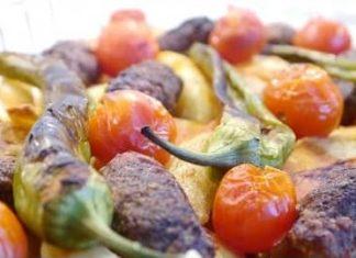 izmir köfte tarifi nasıl yapılır
