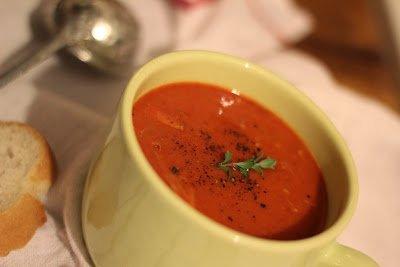 Tatlı Kırmızı Biber Çorbası Tarifi