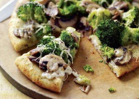 nefis brokolili pizza tarifi